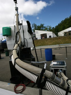 Refuel equipment
