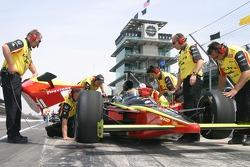 Delphi Fernandez Racing crew members at work