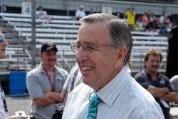 Veteran sportscaster Brent Musburger