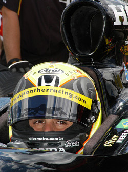 Vitor Meira focuses