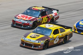 David Ragan, Roush Fenway Racing Ford and Greg Biffle, Roush Fenway Racing Ford