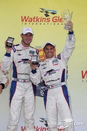 Victory lane: 1st Place GT #59 Brumos Racing Porsche GT3: Andrew Davis, Leh Keen