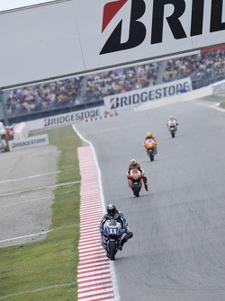 Ben Spies, Yamaha Factory Racing, en tête