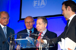 ACO press conference: FIA President Jean Todt signs the agreement between the FIA and the ACO