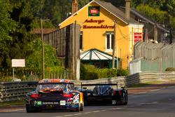#5 Hope Racing Oreca Swiss Hy Tech-Hybrid: Steve Zacchia, Jan Lammers, Casper Elgaard, #80 Flying Li