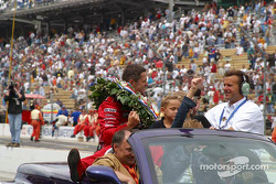 Victory lap for race winner Gil de Ferran
