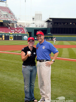 Visit at a Cincinnati Reds baseball game: Sarah Fisher and Robbie Buhl