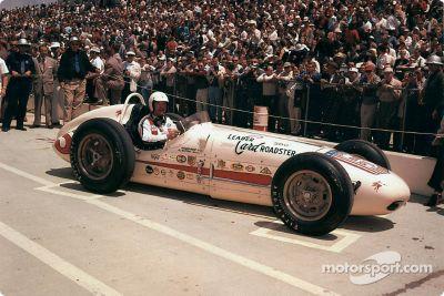 la carrera de Rodger Ward en la Indy 500 en fotos