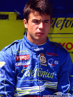 Oriol Servia waits his turn