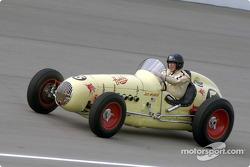 Historic Champ cars showcase: 1951 Kurtis Offy K4000