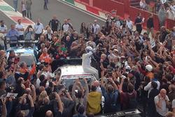 Alex Zanardi, BMW Team Italia, festeja