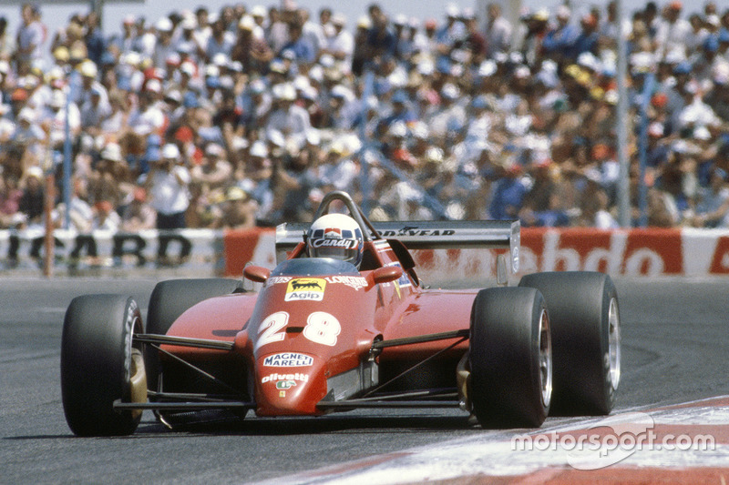 1982: Ferrari 126C2 (три победы, титул в КК)
