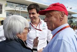Bernie Ecclestone, Toto Wolff, Mercedes AMG F1 y Niki Lauda