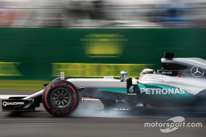 1. Льюис Хэмилтон, Mercedes AMG F1 W07 Hybrid