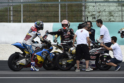 Johann Zarco, Ajo Motorsport; Alex Marquez, Marc VDS