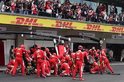 Кімі Райкконен, Ferrari SF16-H на піт-стопі