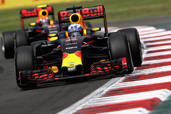 Daniel Ricciardo, Red Bull Racing RB12, Max Verstappen, Red Bull Racing RB12