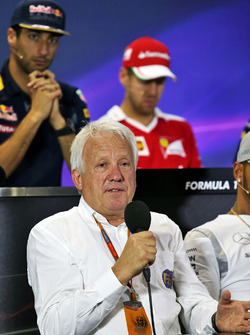 Charlie Whiting, FIA, in de persconferentie