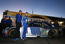 Polesitter Alex Bowman, Hendrick Motorsports Chevrolet with crew chief Greg Ives