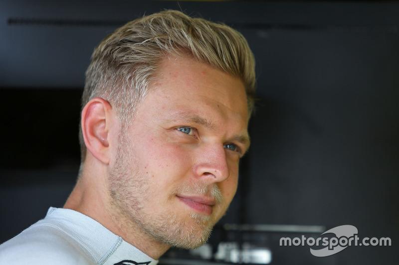 Kevin Magnussen, Renault Sport F1, 1.13.410