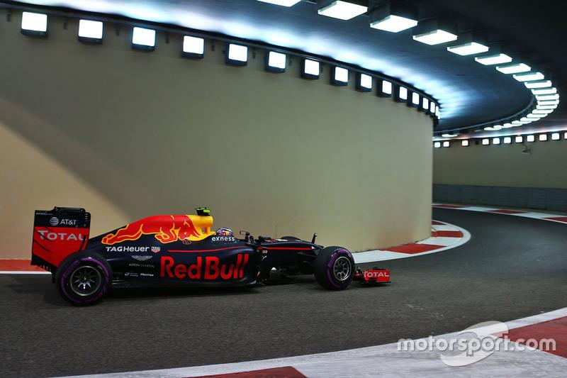 Red Bull Racing: 22 очка