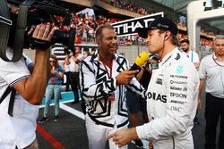 Kai Ebel, RTL TV Moderator mit Nico Rosberg, Mercedes AMG F1