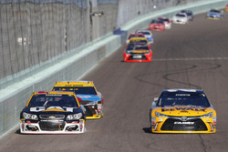 Ryan Newman, Richard Childress Racing Chevrolet, Matt Kenseth, Joe Gibbs Racing Toyota