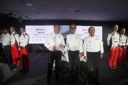 Томмі Мяккінен; Акіо Тойода; Toyota Racing, Toyota Yaris WRC 2017