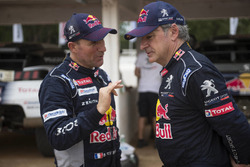Stephane Peterhansel, Carlos Sainz, Peugeot Sport