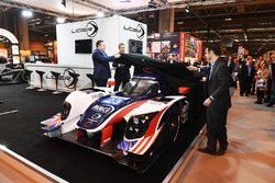 Zak Brown, Richard Dean, Will Owen ve Hugo de Sadelee, Ginetta Le Mans otomobilini tanıtıyor