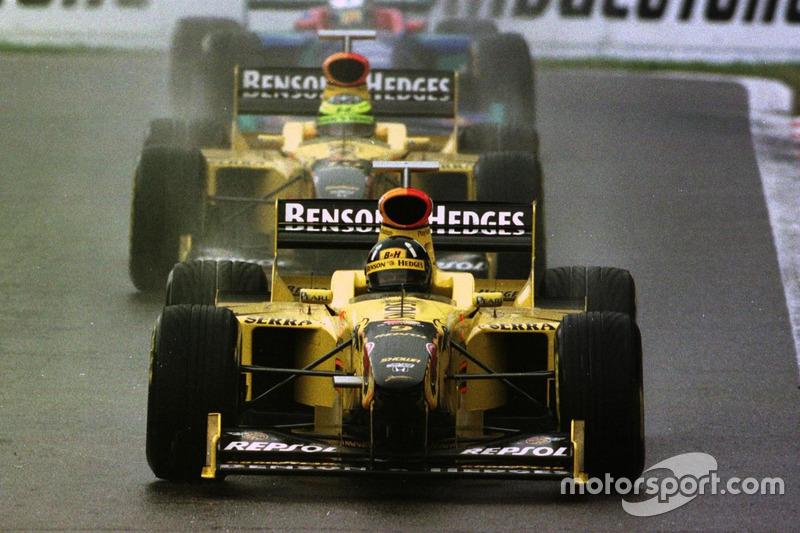 Damon Hill, Jordan 198 Mugen-Honda, Ralf Schumacher, Jordan 198 Mugen-Honda ve Jean Alesi, Sauber C17-Petronas