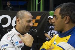 Tony Kanaan, talks with Juan Pablo Montoya,