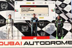 منصة تتويج السباق الثاني في دبي