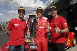 Polesitters #88 Maranello Motorsport, Ferrari 488 GT3: Toni Vilander, Craig Lowndes, Jamie Wincup