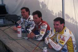 Yarış galibi Eddie Lawson, Yamaha, 2. Wayne Gardner, Honda, 3. Niall Mackenzie, HB-Honda