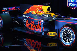 Lanzamiento Red Bull Racing RB13