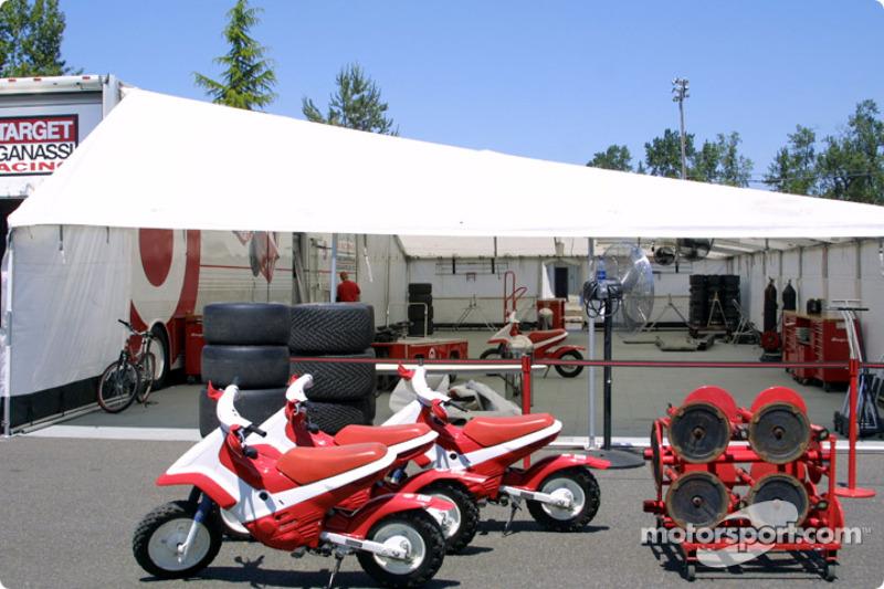 Ganassi Racing pit area