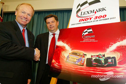 Premier Peter Beattie and Lexmark, Managing Director, Henrik Stensfeldt join in unveiling the new logo and imagery for the Lexmark Indy 300