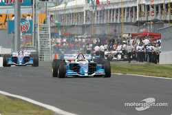 Start of the qualifying session: Paul Tracy