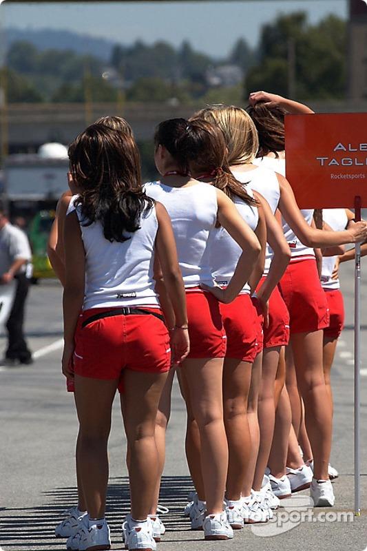 Les Molson Indy Girls s'entraînent pour dimanche
