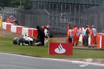 Kamui Kobayashi, Sauber F1 Team crashes