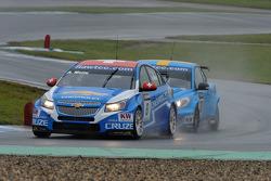 Alain Menu, Chevrolet Cruze 1.6T, Chevrolet and Robert Dahlgren Volvo C30, Polestar Racing