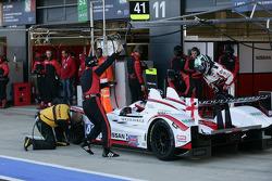 Pit stop for #41 Greaves Motorsport Zytek Z11SN - Nissan: Karim Ojjeh, Tom Kimber-Smith, Olivier Lombard