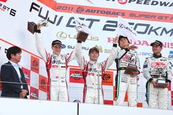 Podium GT300 2nd place: #14 Sg Changi IS350: Ryo Orime, Alexandre Imperatori