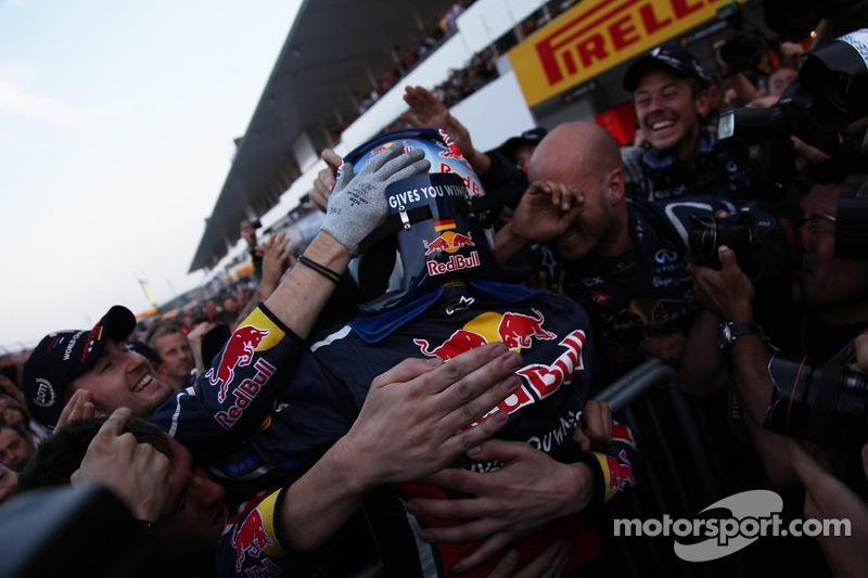 Sebastian Vettel, Red Bull Racing, campeón del mundo 2011