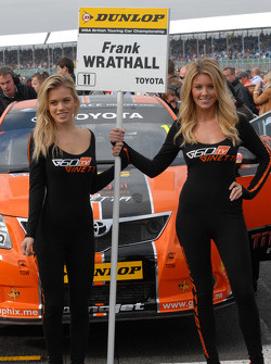 Grid Girls to Frank Wrathall