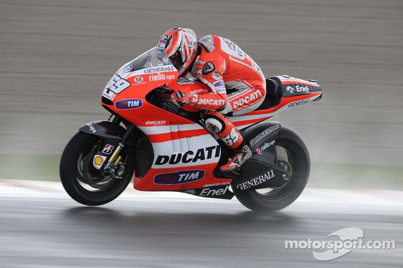 2011 (Desmosedici GP11)