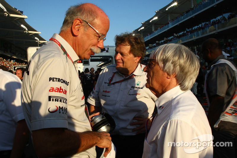 Bernie Ecclestone with Dr. Dieter Zetsche, Chairman of Daimler and Norbert Haug, Mercedes, Motorspor