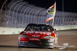 NASCAR Sprint Cup Series 2011 champion Tony Stewart, Stewart-Haas Racing Chevrolet