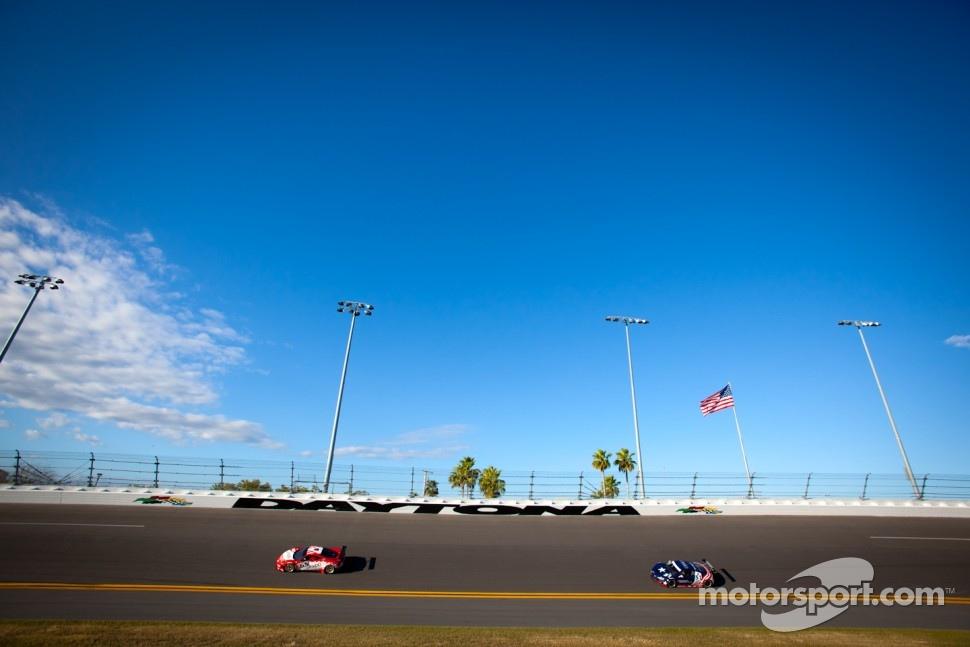 #69 AIM Autosport Ferrari 458: Emil Assentato, Nick Longhi, Jeff Segal, #51 Audi of America Audi R8 LMS Grand-Am: Frank Stippler